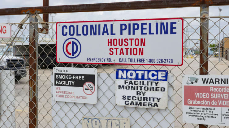Spot gas shortages could worsen if Colonial Pipeline doesn't reopen by the weekend