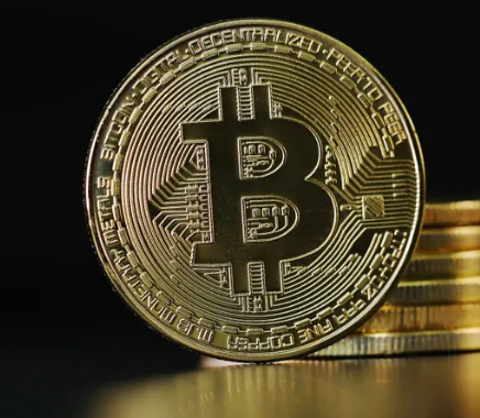 Bitcoin's price rises above $40,000 for first time in over a month